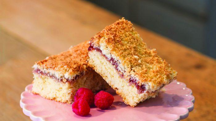 Rowcroft Big Bake - Crumble slice